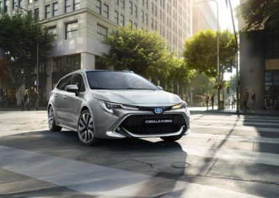 toyota-corolla-touring-sports-2019-gallery-03-full_tcm-20-1553854